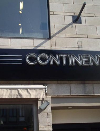 restaurant le-continental – channel letters with neon