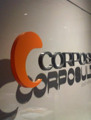 corposult – acrylic lettering  on acrylic background