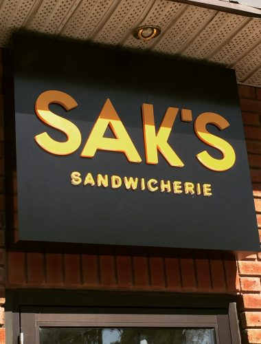 restaurant-Saks Sandwicherie – enseigne-lettres cut through