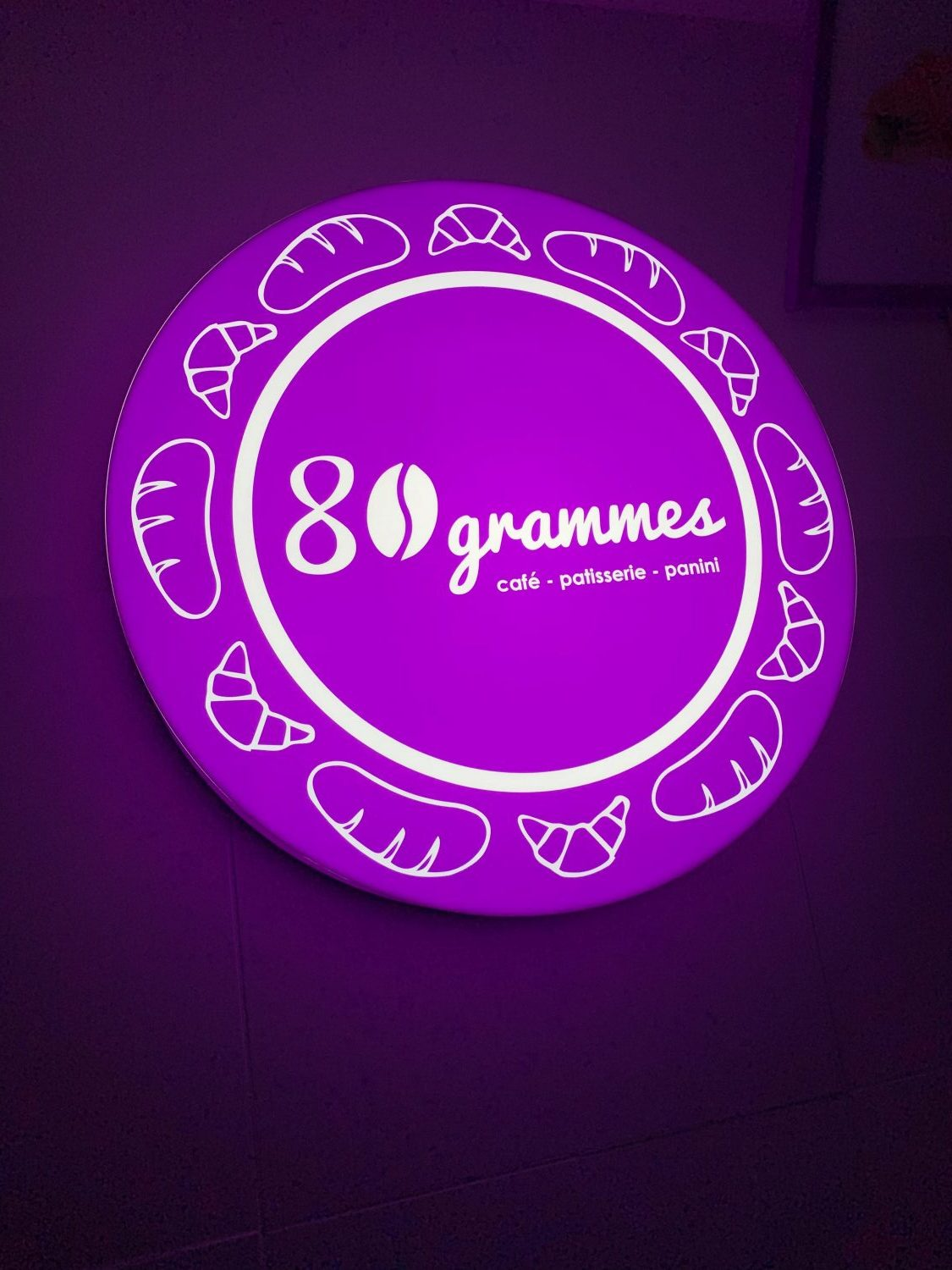 80 grammes – fabricated illuminated plexiglass sign